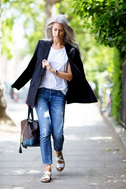 7e611317658 Steal Sarah Harris' Cool And Simple Spring Look (Le Fashion) | Art ...