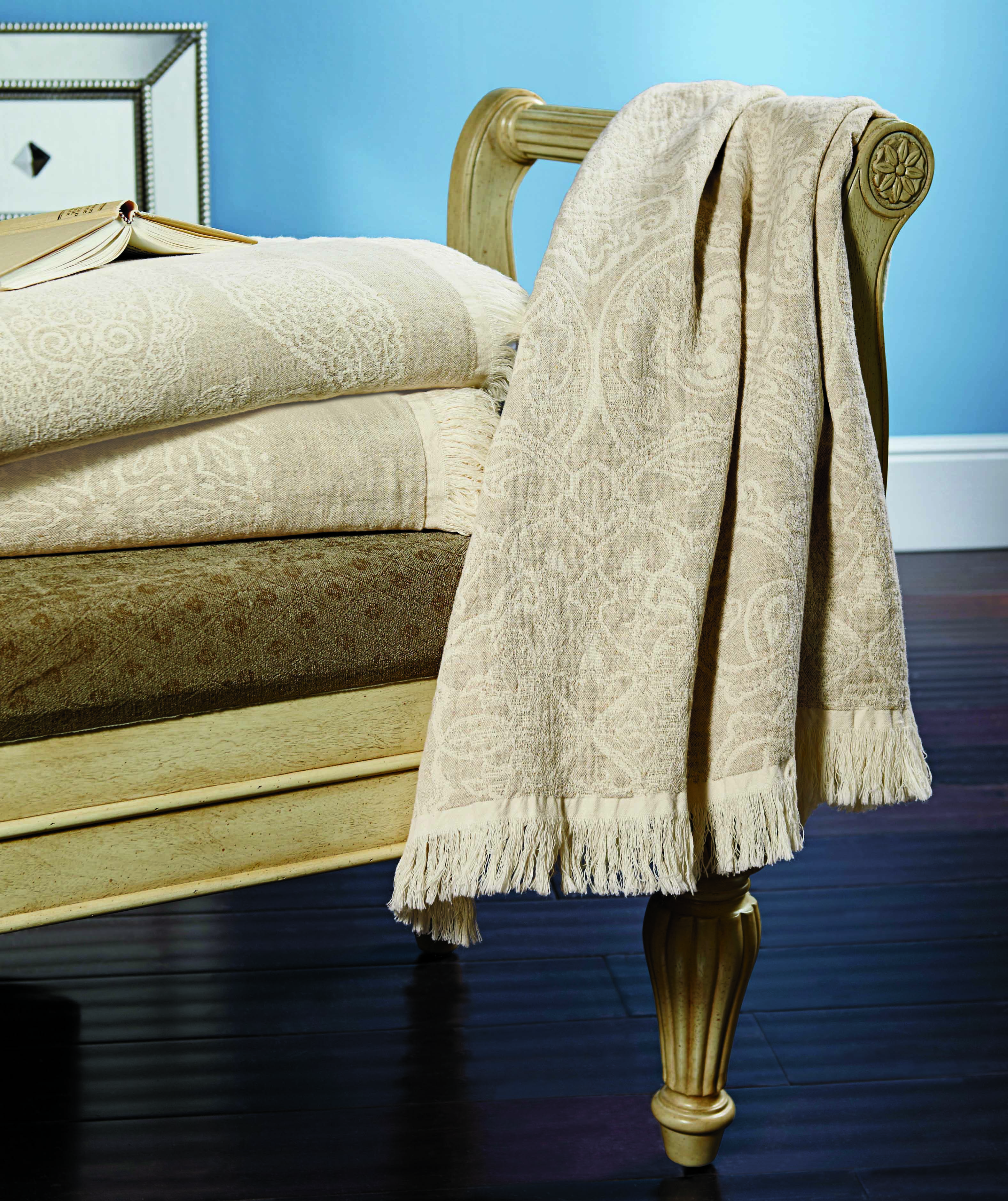 amazing Tuesday Morning Peacock Alley Part - 6: Find luxury Peacock Alley throws for an incredible price at Tuesday Morning!  #PeacockAlley #TuesdayMorning