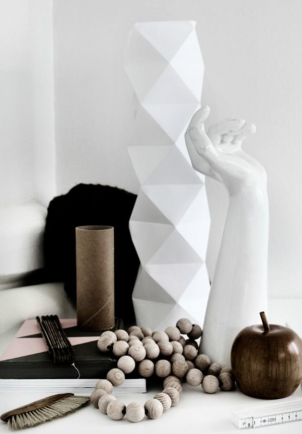 Interieur Decoratie Met De Houten Kralen Ketting Stijlvol Styling Woonblog Voel Je Thuis Kleuren Interieur Houten Kralen Kettingen