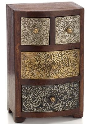 Great looking chest home pinterest madera articulos for Muebles industriales antiguos