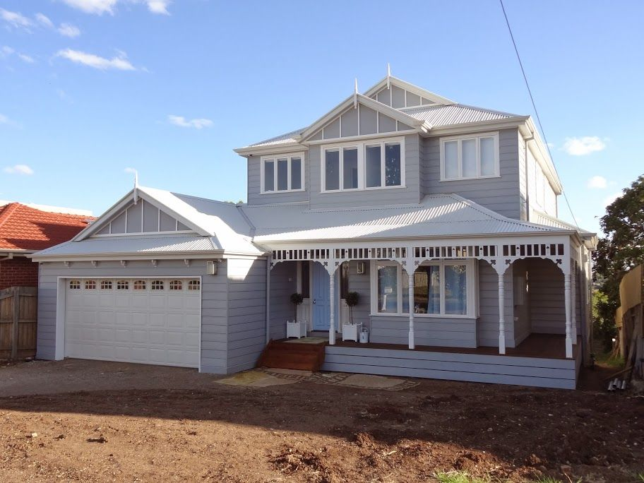 Zoom in real dimensions 912 x 684 dulux endless dusk for Queenslander exterior colour schemes