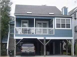 beach homes on stilts | ... Beach Central North House in SC, Two ...