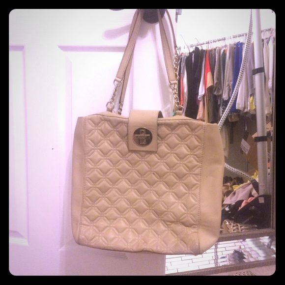 Kate Spade Tan Quilted Purse Handle Is Broken And Would Need To Be Taken A