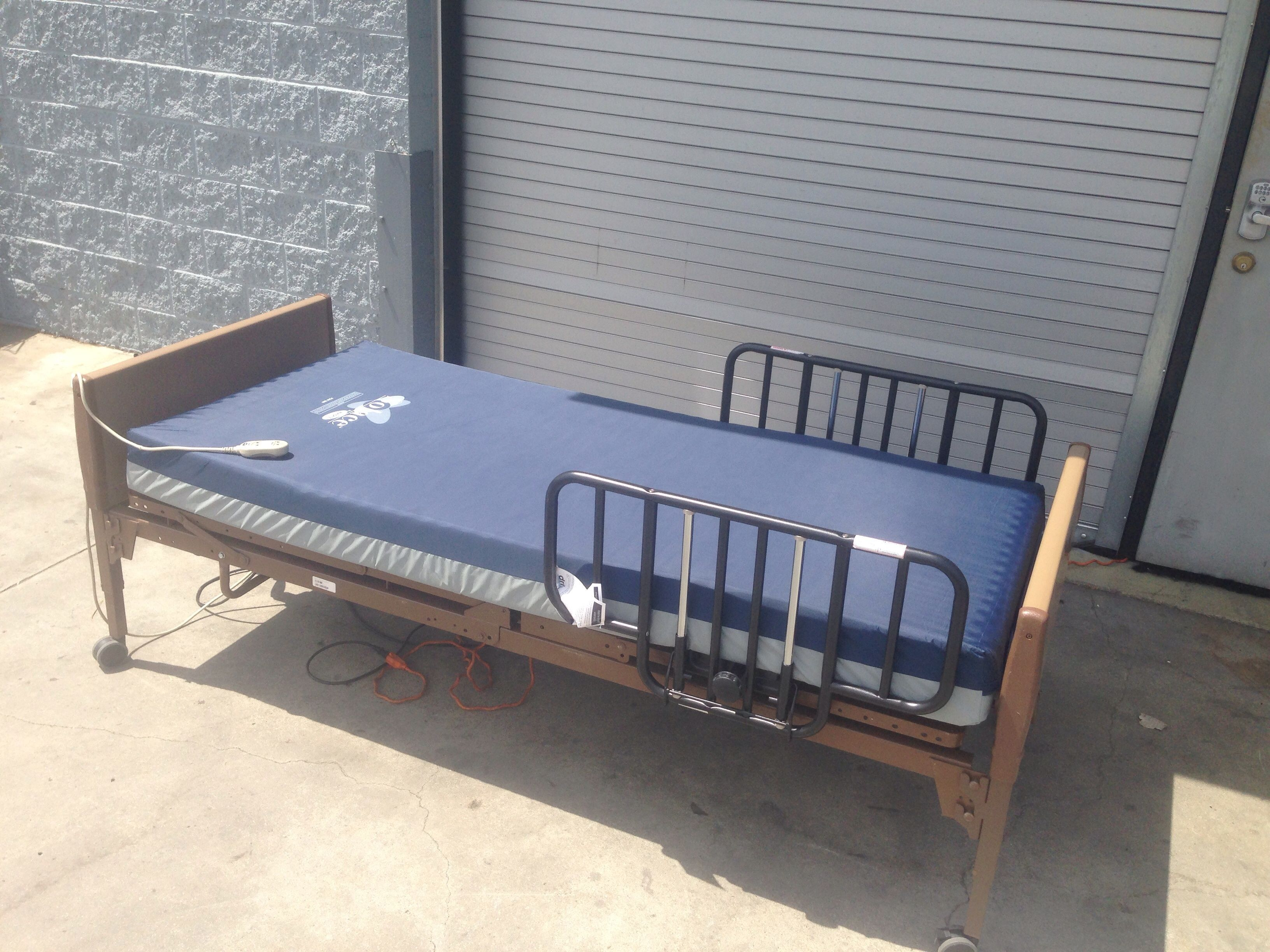 Invacare SemiElectric Bed With Solace SPS Prevention 1080
