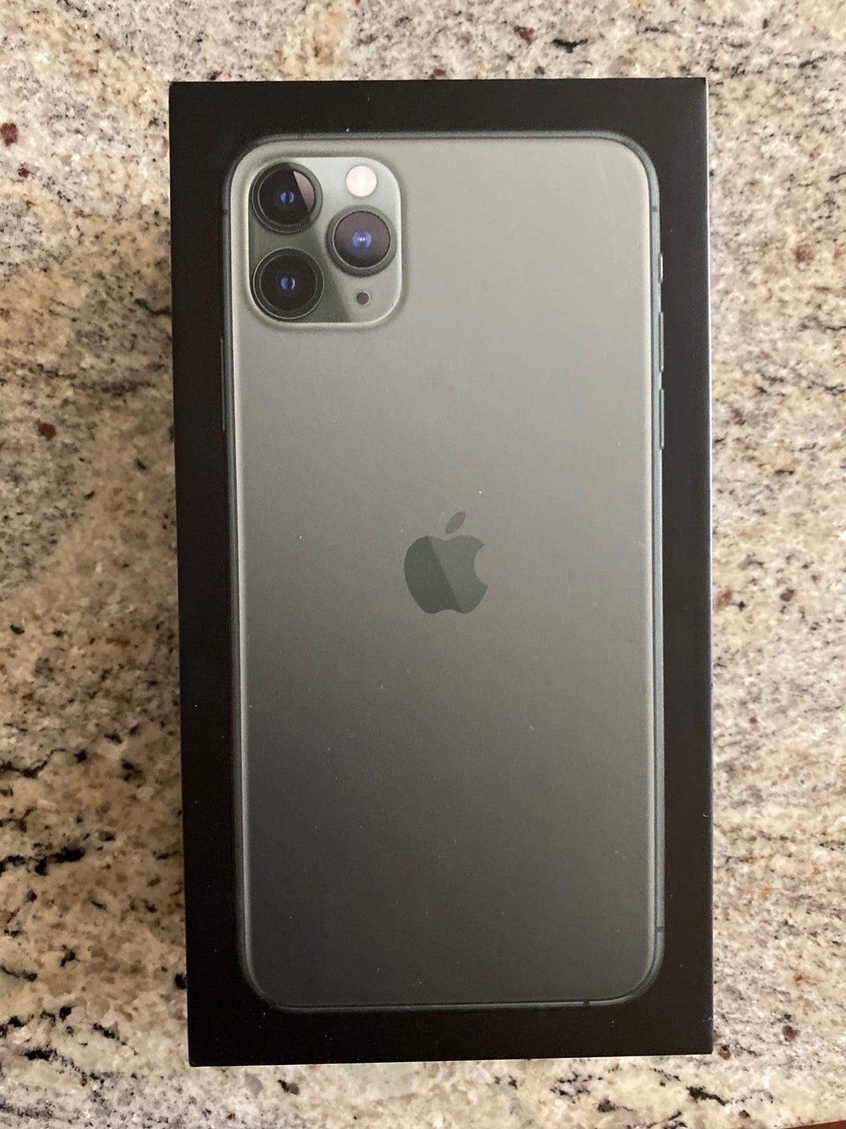 Iphone 11 Pro Max 256gb Box Only In 2020 Iphone Iphone 11 Samsung Products