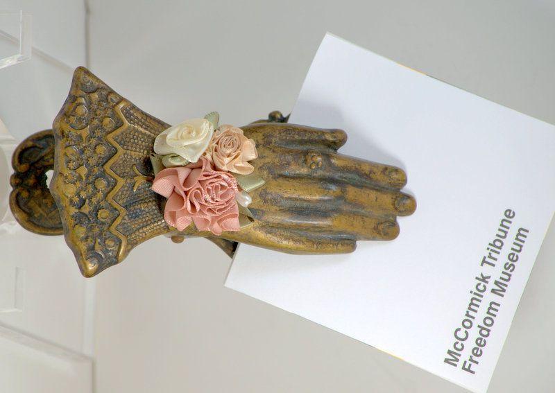 #Vintage Victorian Style #Hand #PaperClip Holder Desk Top Silk Flowers Bracelet #homedecor