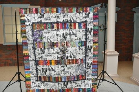 Trash can surprise animal quilt