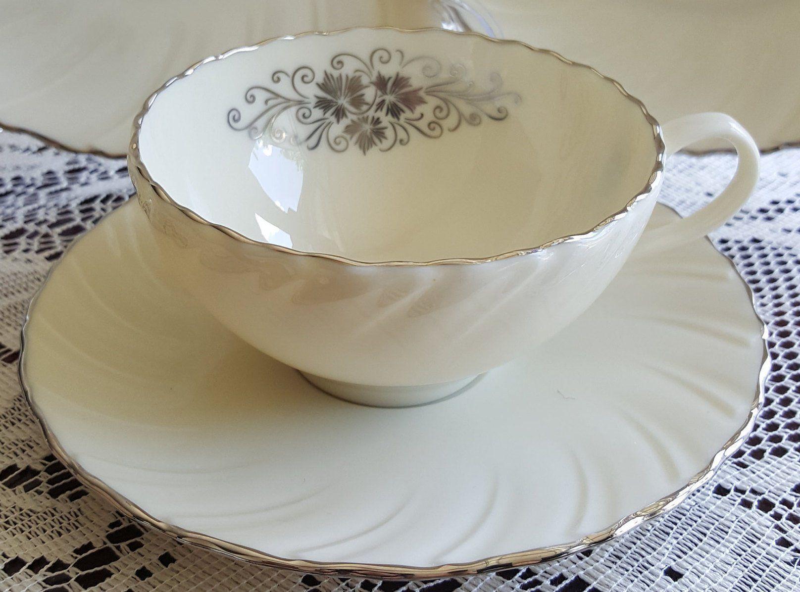 China Serving Bowl Lenox Valera