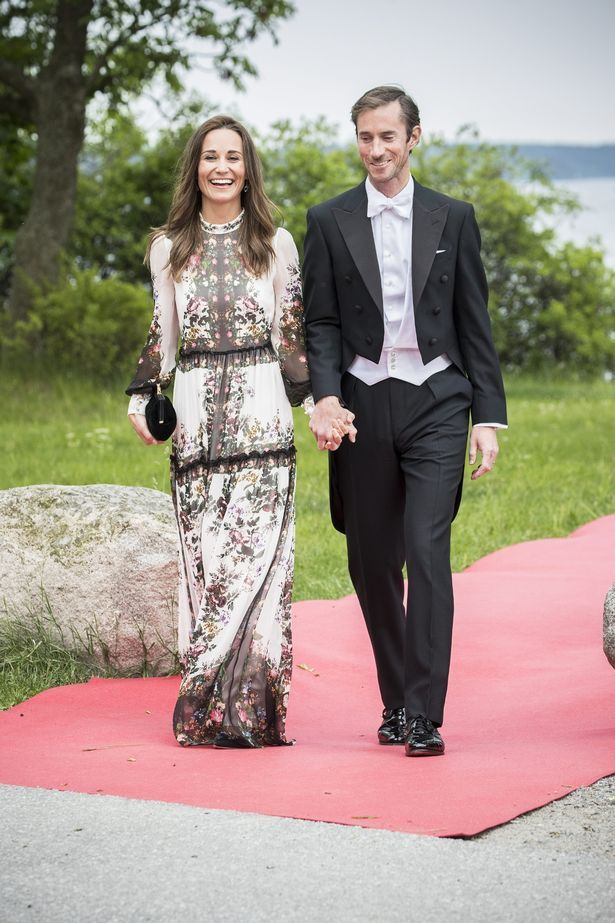 Pippa S Wedding.Pippa Middleton Breaks Crucial Wedding Guest Etiquette As She