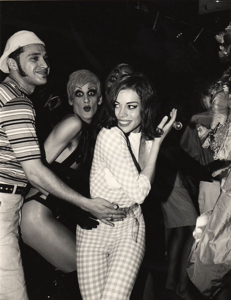 7faa9dd55c1 Anyone who comes as Lady Miss Kier is my hero forever.
