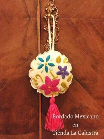 Resultado de imagen para bordado mexicano puntos   borlas   Bordado, Puntos de bordado mexicano ...