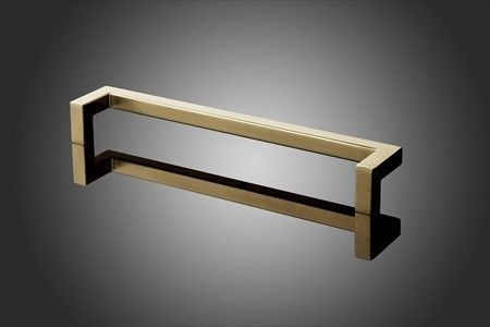 Forms Surfaces Rectangular Offset Door Pull 24 Inch Cc 1000 Series Knobdeco Com Door Pulls Drawer Pulls Rectangular