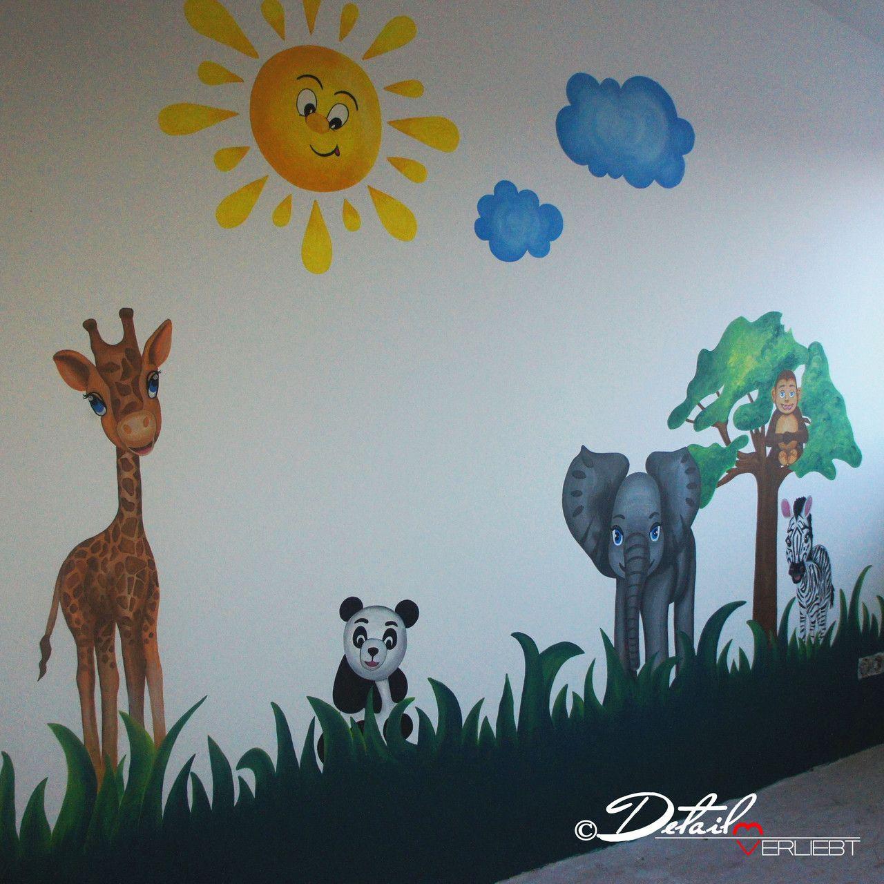 Nursery decor nursery ideas kids wall drawing baby for Kinderzimmer zoo