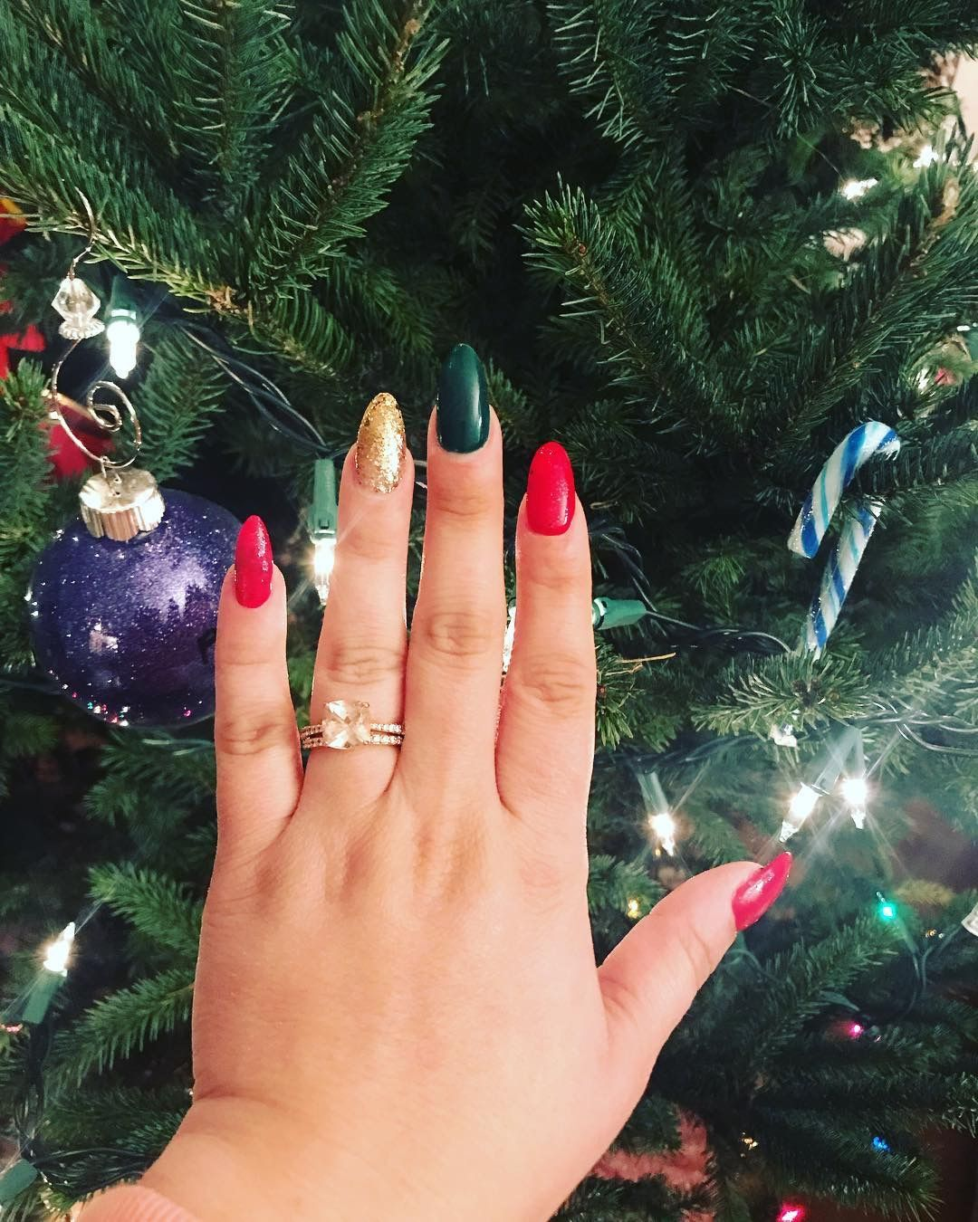 Best Nail Color For Rose Gold Engagement Ring