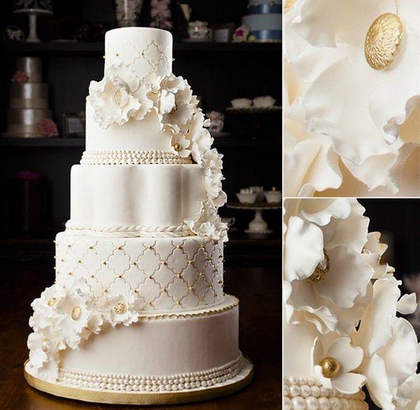 Vintage Pearl Gold Wedding Cake For Designs