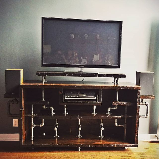 Jilly's Wood Project 1 @edwardjfiore's Media Console  #reclaimedwood #woodrescue #woodhunters #woodlife #jillyswood #jillys #broadviewhotel #stripclub #stripclubwood #salvage #recycle #concept #creative #pipe #pipefurniture #mediaconsole #entertainmentunit #centurywood # by breadandbutter.to