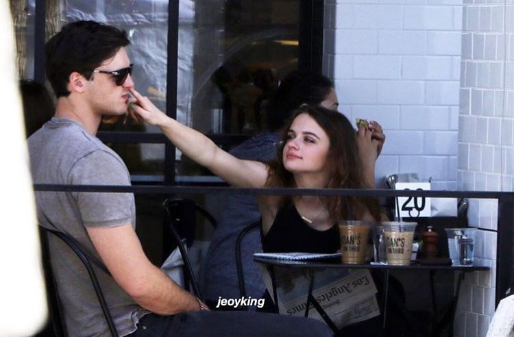 Pin By Martina On The Kissing Booth Kissing Booth Joey King King Jacob