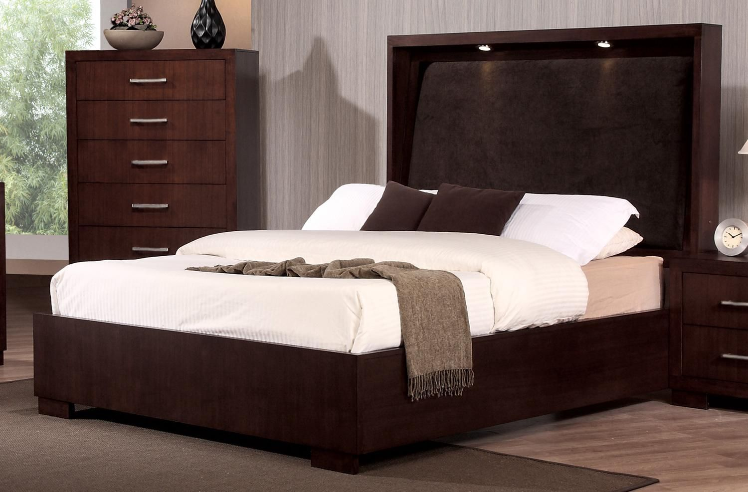 Coaster Jessica King Bed With With Built In Touch Lighting   Rooms Furniture    Headboard