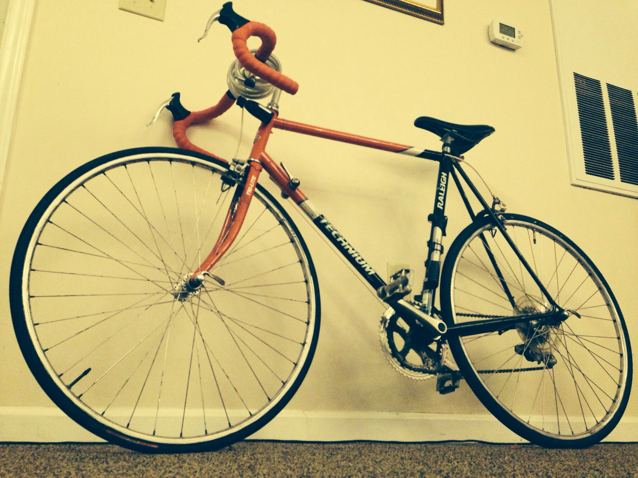 My 1988 Raleigh. I bike this bad boy everyday to class. #raleigh #raleighbike