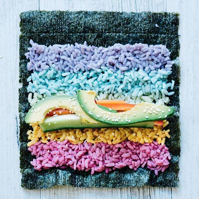@Regrann from @elsas_wholesomelife: Fill n' roll ✨✨ #EatMorePlants #RainbowSushi - via #Regrann #repost