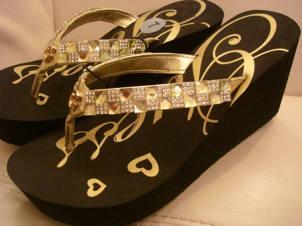 98a0417051f3 NEW WOMEN S GUESS FLIP FLOP WEDGE SANDALS GOLD RHINESTONES MARY JO size 10
