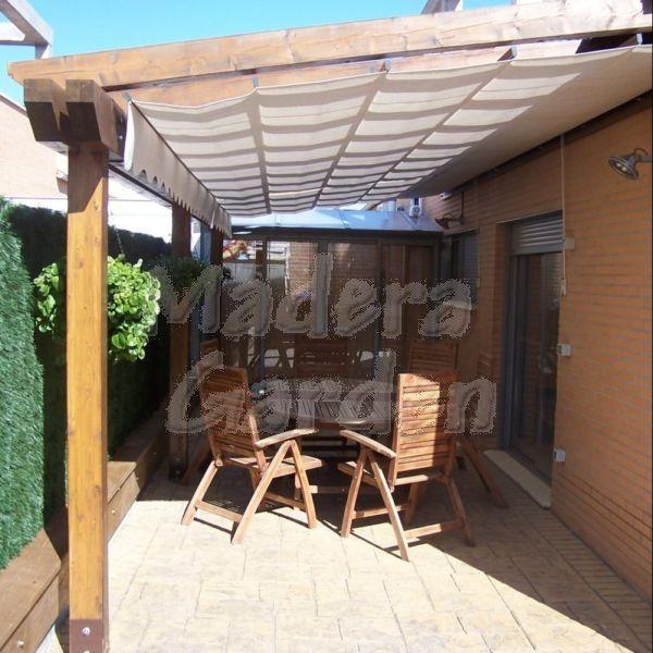 Pergola de madera con toldo p rgolas pinterest for Toldos para patios pequenos