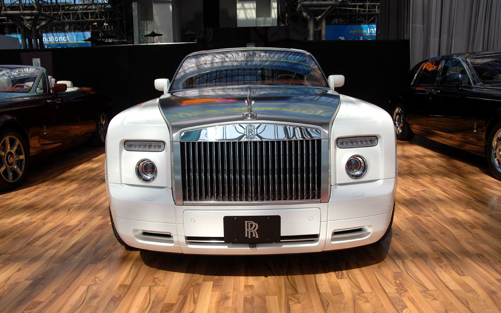 world best luxury car rolls royce photo 2f2789b #102517   v's