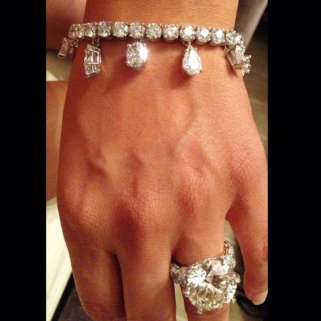 Shantel Jacksons 2nd engagement ring from Floyd Mayweather The