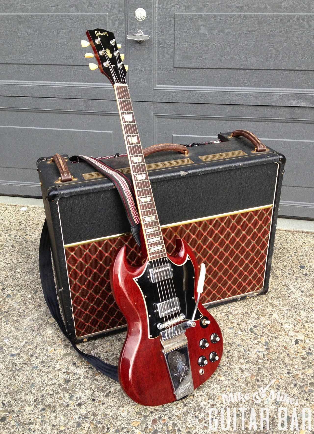 Crise De Gas Confiez Vous Ici Parlez Librement Guitars Epi Vs Gibson Selector Switch Mylespaulcom Mmguitarbar A 68 Sg Standard With Lyre Vibrola And An Early 90s Vox