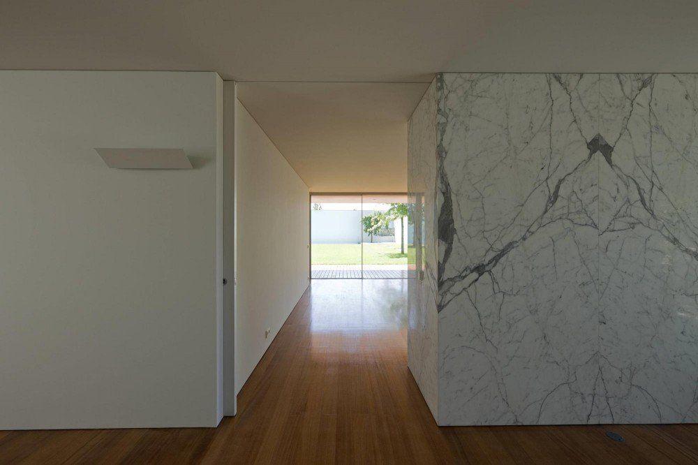 House in Maia 2 / Eduardo Souto de Moura
