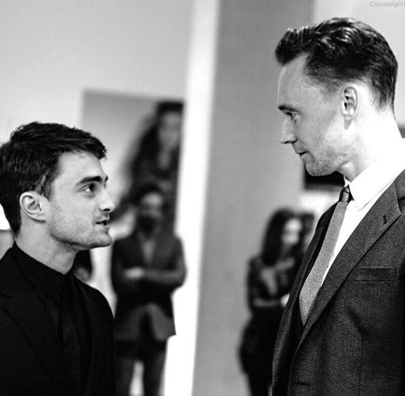 Pin By Tessa Curtis On Tom Hiddleston Tom Hiddleston Daniel Radcliffe Celebrities Male