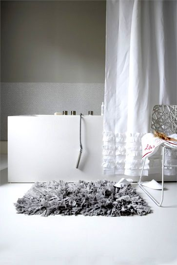Fluffy Bath Mat White Bathroom Rug White Bathroom White Rooms