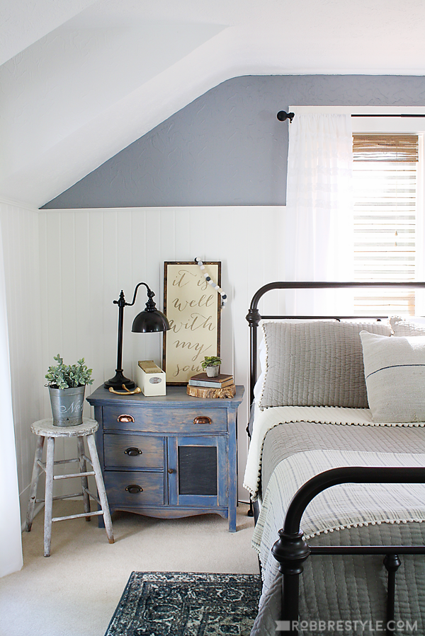 Diy Color Stain Project Bedroom Sideboard Farmhouse Style Bedrooms Industrial Farmhouse And