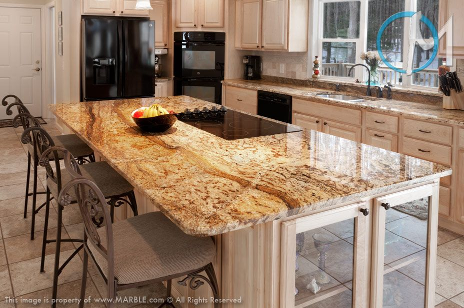 lovely kitchen counter deco | This lovely kitchen features the wavy pattern Golden ...
