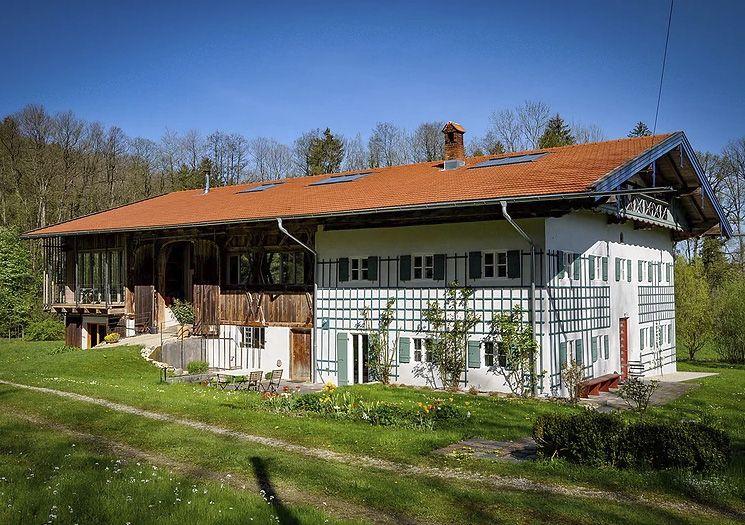 Das Ehemalige Bauernhaus Am Roseneck Prien Haus Bauernhaus Style At Home
