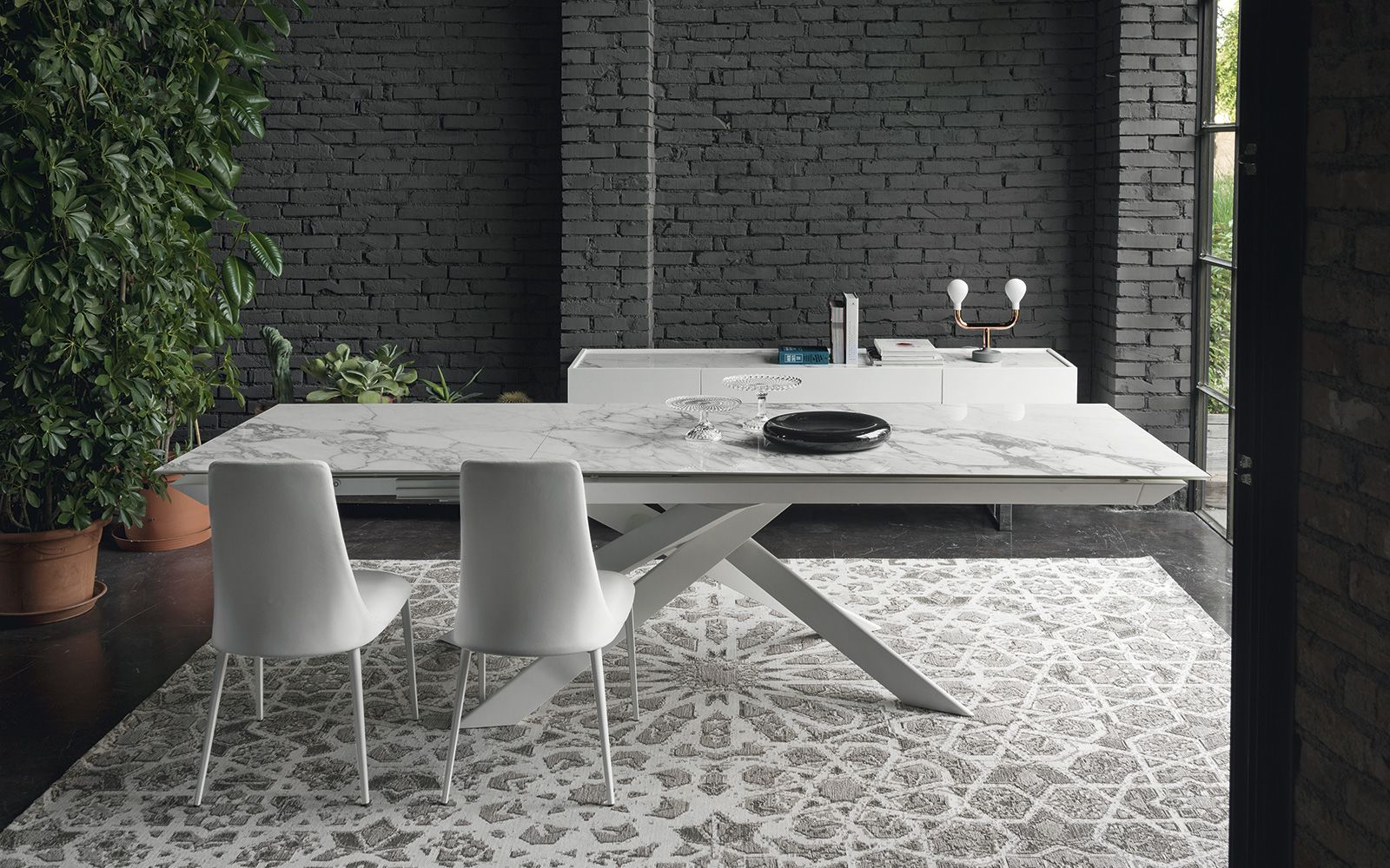0270637c4ec5 Unikátne talianske jedálenské stoly - masívne