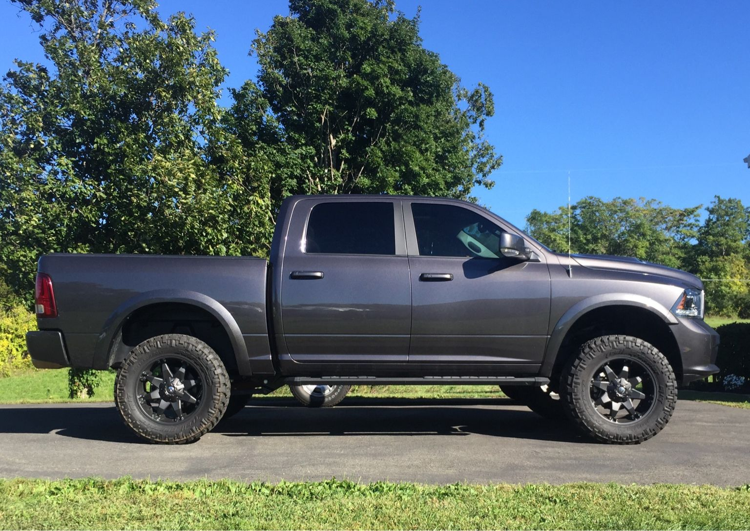 Lifted 4th Gen Pics Show Em Off Page 53 Dodge Ram Forum 2012 1500 Exhaust Truck Forums