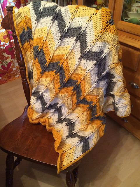 Jacob\'s Ladder Ripple Afghan Crochet Pattern