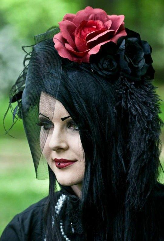 Gothic frauen treffen