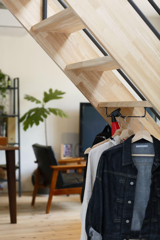 アイアンバーの使い方 階段下を有効活用 ディーズスタイル 内装 家