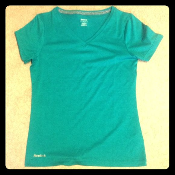 Comfortable Reebok exercise tee Worn only once, great condition. Quick dry material. Teal. Reebok Tops Tees - Short Sleeve