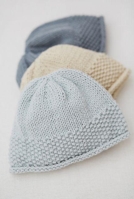 Ravelry Moss Stitch Hat Pattern By Sarah Hatton Baby Knitting Free Hat Knitting Patterns Baby Hats Knitting