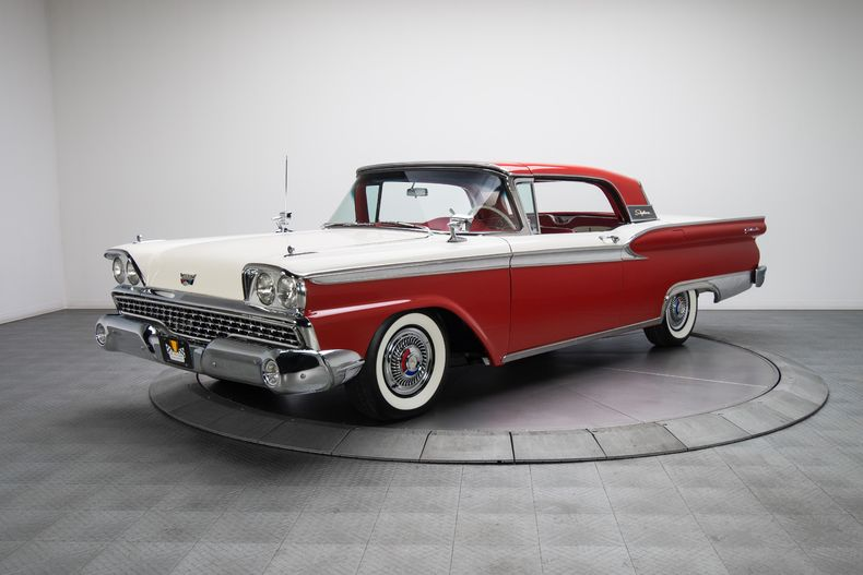 1959 Ford Galaxie Skyliner http://classic-auto-trader.blogspot.com #classiccars