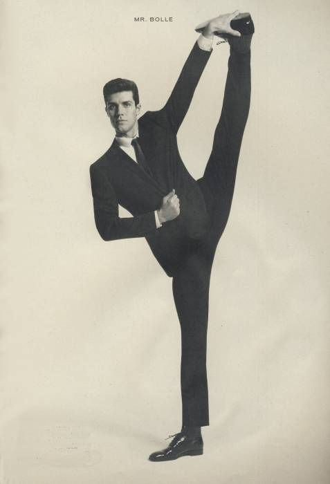 Roberto Bolle Official Site   Roberto bolle, Yoga for men