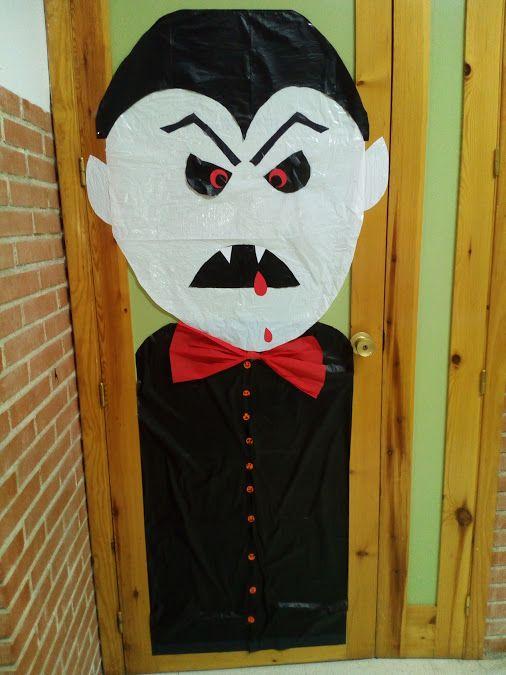 Puertas decoradas Halloween vampiro Puertas decoradas Pinterest