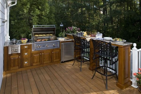 Outdoor Kitchen Cabinets And Furniture Ideas For The Patio Design