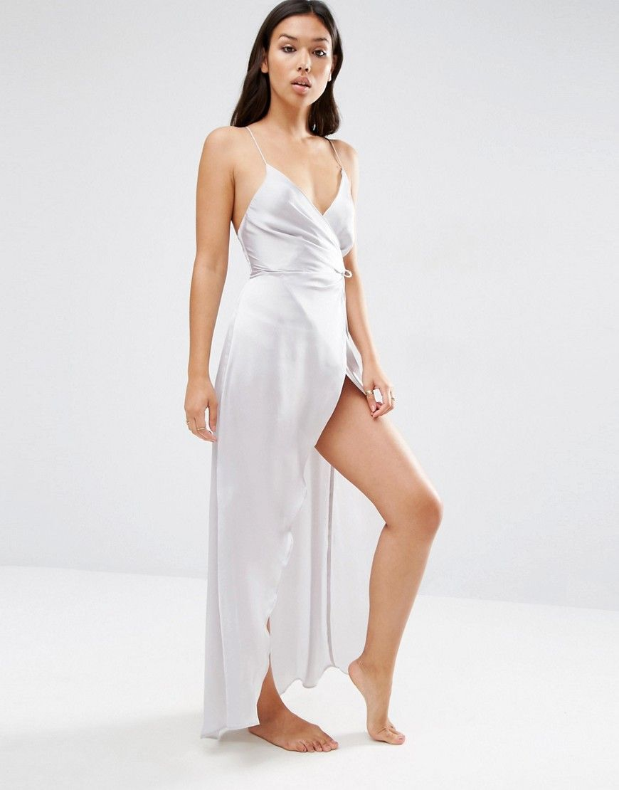 bbb3f4aba8 ASOS Ruched Side Satin Maxi Slip -------------------- 37.33€