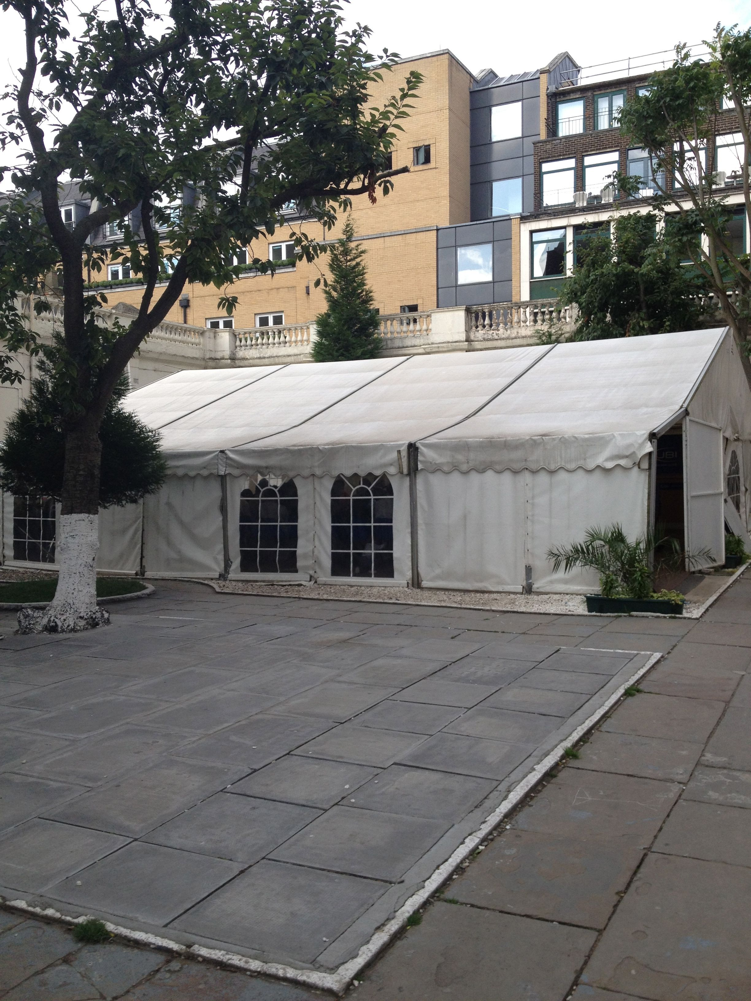 The visa tent  Oh Pakistan embassy in London you have gone