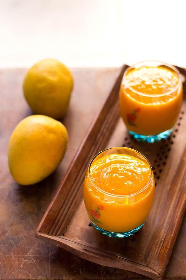 Mango banana papaya smoothie