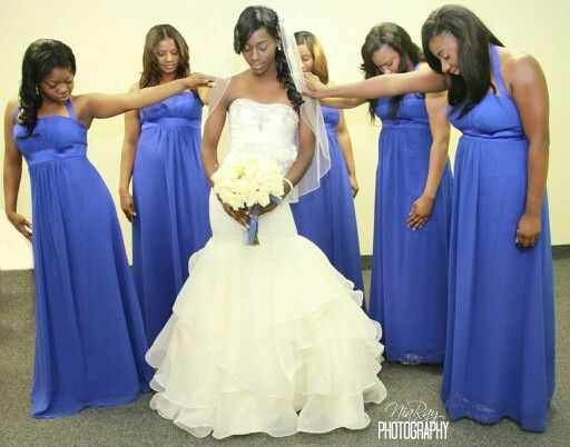 Bridesmaids And Bride Photo Myphotography Pinterest
